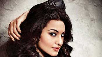 Sonakshi Sinha is Back in Action!