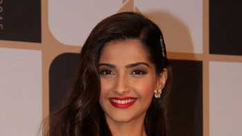 Sonam Kapoor Plans to Finish her Graduation!