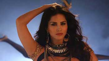Sunny Leone\'s \'Pink Lips\' video from \'Hate Story 2\' to unveil today