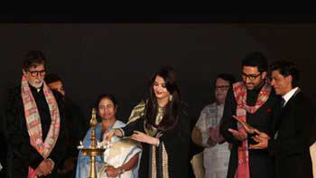 The Bachchans and Shah Rukh Khan inaugrate Kolkatta International Film Festival