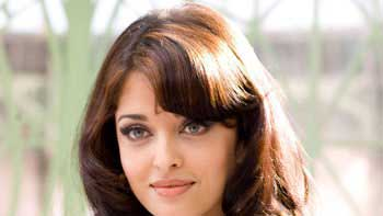 The Release Date of Aishwarya's Comeback Film -'Jazbaa' Has Been Announced!