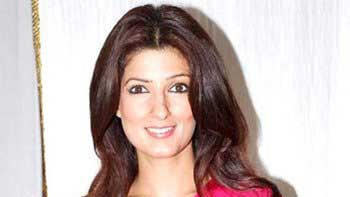 Twinkle Khanna finds her way to tweets and peeps as 'mrsfunnybones'
