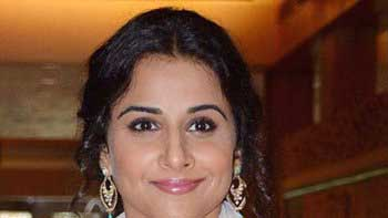 Vidya Balan launches gossip blog for \'Bobby Jasoos\'