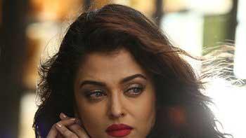 Aishwarya Rai Bachchan turns singer for 'Jazbaa'