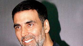 Akshay Kumar opens up about 'Airlift'