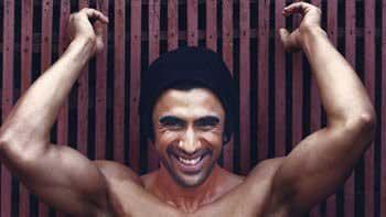 Amit Sadh Flaunts a Six-Pack