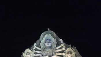 Amitabh Bachchan posts photo of 'World's largest Durga idol' in Kolkata