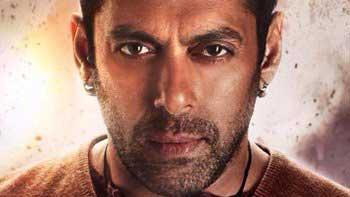 'Bajrangi Bhaijaan': Salman's Complete Look Unveiled!