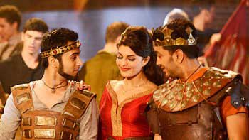 'Bangistan' First Weekend Box-office Collections