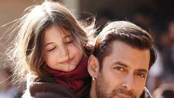 Blockbuster: 'Bajrangi Bhaijaan' Crosses 100 Crore Mark In its First Weekend!