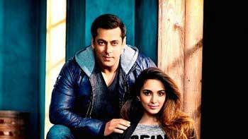 Checkout Salman Khan and Kiara Advani's Ravishing Photoshoot