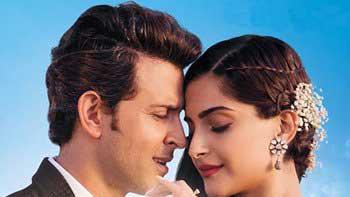 'Dheere Dheere Se' Crosses 20 Million Views; Sonam - Hrithik To Plan For A Movie?