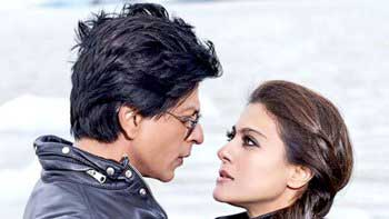 'Dilwale' witnesses a huge decline on its first Monday at the Box-office!