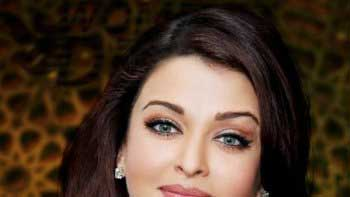 Diwali Time Is Family Time For Aishwarya