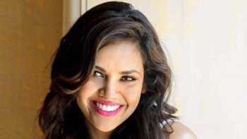 Esha Gupta To Feature In An International Music Video