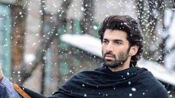 First Look Unveiled: Checkout Aditya Roy Kapur's Look From 'Fitoor'