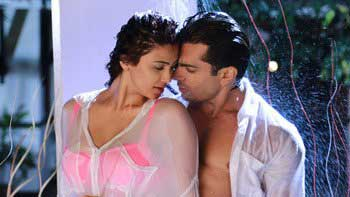 'Hate Story 3' witnesses a fantastic start at the box-office