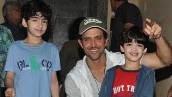 Hrithik Roshan To Celebrate Christmas In Switzerland With Kids