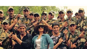 Jacqueline Fernandez celebrated her birthday with BSF jawans