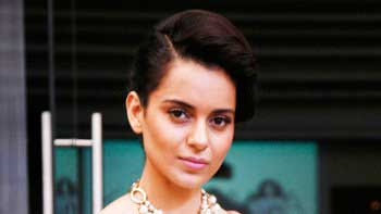 Kangana Hosts A Fashion Show To Showcase Her Maiden Collection!