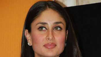 Kareena Continues Shooting Despite Straining Her Vocal Cords