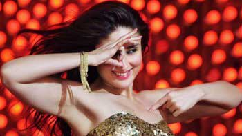 Kareena Sizzles In 'Mera Naam Mary Hai'!