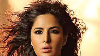 Katrina Kaif sizzles in 'Afghan Jalebi' song in 'Phantom'