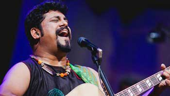 Learn guitar from the Indie musician Raghu Dixit