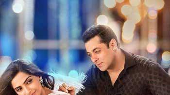 Poster Release: Salman Khan & Sonam Kapoor's 'Prem Ratan Dhan Payo'