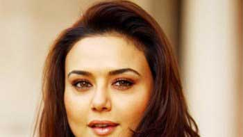 Preity Zinta To Be The Guest of Honour At Miss India-Canada Pageant 2015