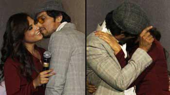 Randeep Hooda, Richa Chadda smooch in public