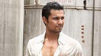 Randeep Hooda's Astonishing Antics Surprised Team 'Sarbjit'