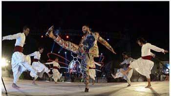 Ranveer Singh's live performance on song 'Malhari' in Nagpur
