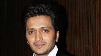 Riteish Deshmukh becomes the uncle of a baby girl!