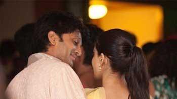 Riteish Deshmukh, Genelia D'Souza celebrate fourth wedding anniversary
