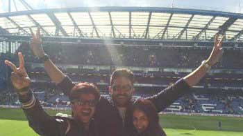 Riteish Deshmukh, Genelia D'Souza watch first live football match due to Abhishek Bachchan