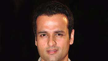 Rohit Roy to turn director for a noted filmmaker