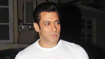 Salman Khan hosted Friendship Day bash at his Karjat farmhouse