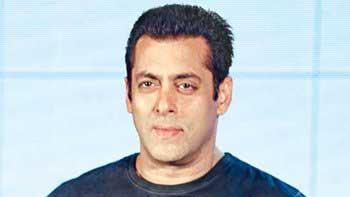 Salman to revisit old memories with his previous leading ladies - Madhuri & Bhagyashree