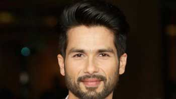 Shahid Kapoor essays soldier in 'Rangoon'
