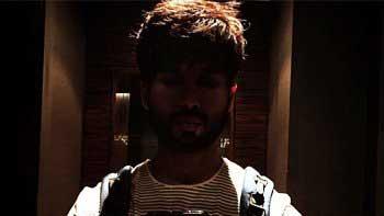 Shahid Kapoor's selfie in a loo!