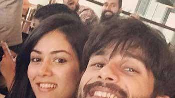 Shahid Kapoor's selfie with wife Mira Rajput