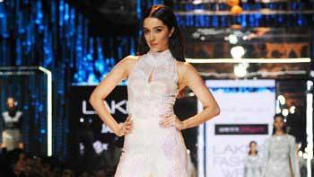 Shraddha Kapoor shines at the Lakme Insta Light Show