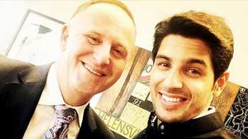 Siddharth Malhotra To Gift A 'Bandgala Kurta' To The PM Of New Zealand