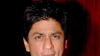 SRK is delighted to be in his hometown Delhi