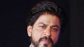 SRK Wraps Up The First Schedule Of 'Raees'