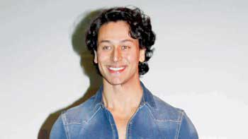 Tiger Shroff to play double role in 'Judwaa 2'