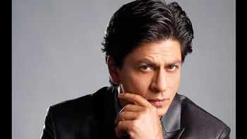 Hail the Badshah of Bollywood for completing 35 million followers on Twitter!