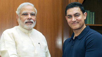 Aamir Khan attends a private dinner hosted by PM Narendra Modi!