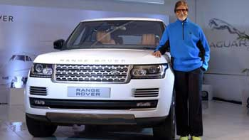 Amitabh Bachchan  buys and takes home his 17th car
